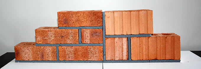 Clay Bricks - Maxi 90 with normal Brick